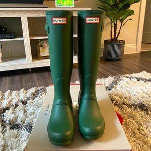Hunter Women's Original Tall Rain Boot Army Green